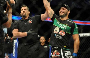 thales-leites-ufc-183-victory