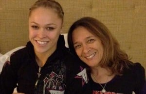 ronda-rousey-and-her-mom