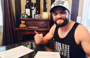 josh-thomson-bellator-contract