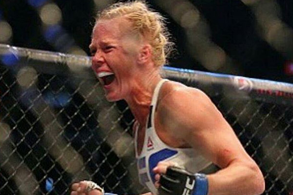 holly-holm-ufc-193-celebrat