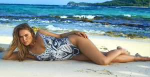 Photos: Ronda Rousey In Body Paint For The 2016 Sports Illustrated Swimsuit Issue