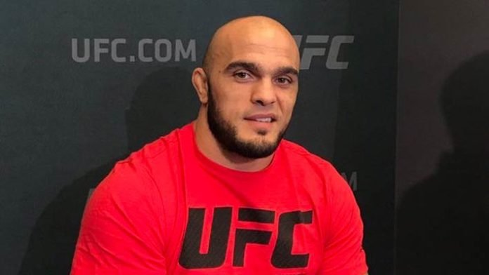 Ilir Latifi Sleeps Ovince Saint Preux With Standing Guillotine