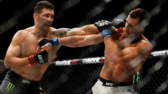 Luke Rockhold's Comments on Middleweight Pecking Order Infuriate Chris Weidman